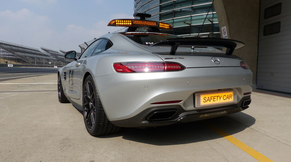 Safety-Car - Formel 1 - GP China - Shanghai - 10. April 2015