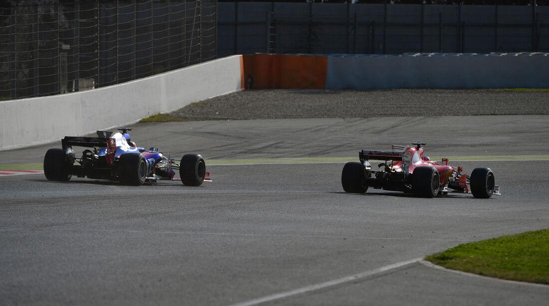 Sainz - Räikkönen - Testfahrten - Barcelona - Freitag - 10.3.2017