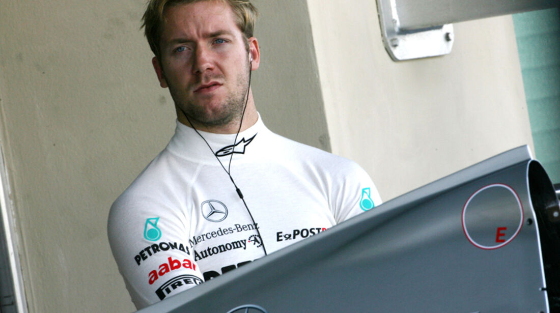 Sam Bird - Mercedes GP - Young Driver Test - Abu Dhabi - 17.11.2011