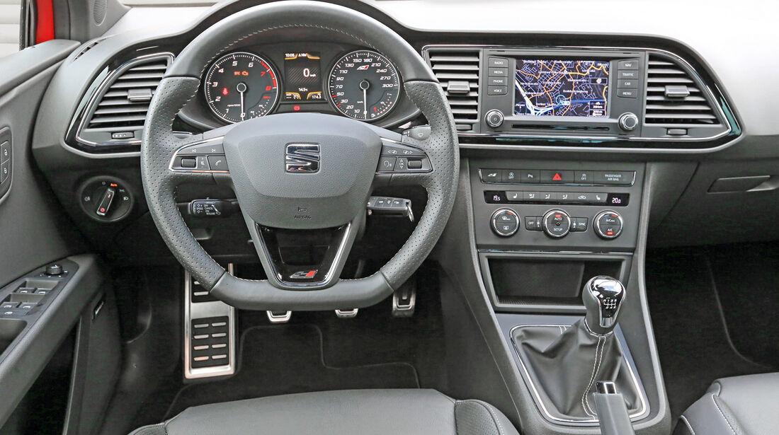 Seat Leon ST Cupra, Cockpit