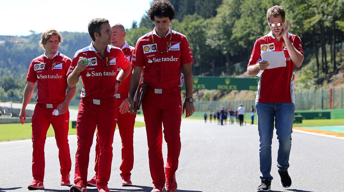 Sebastian Vettel - Ferrari - Formel 1 - GP Belgien - Spa-Francorchamps - 25. August 2016