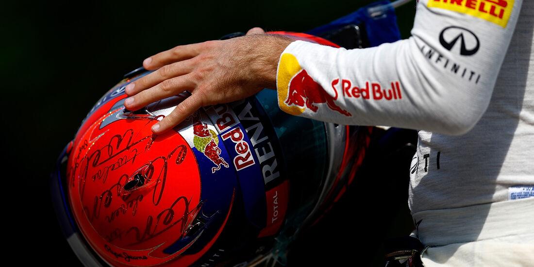 Sebastian Vettel Helm - Formel 1 - GP China -12. April 2013