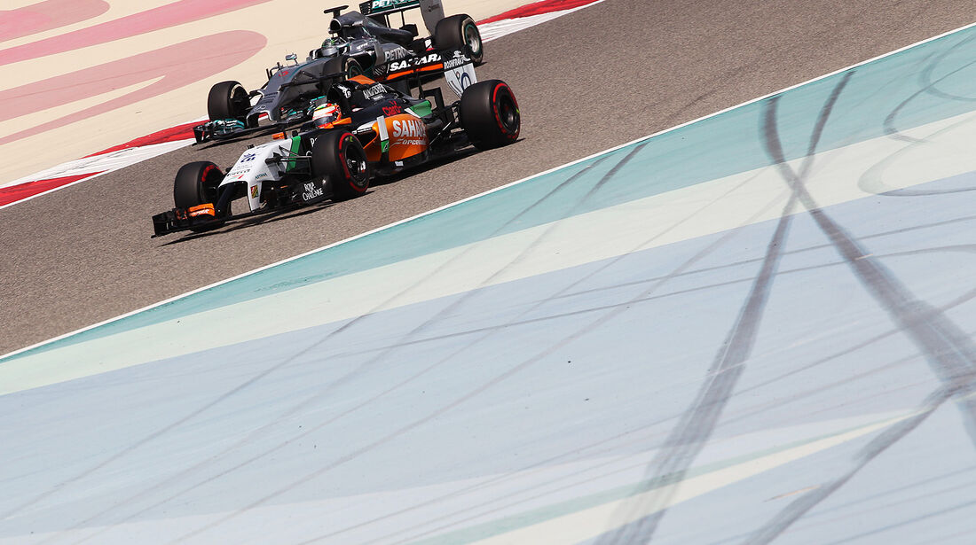 Sergio Perez - Force India - Nico Rosberg - Mercedes - Formel 1 - Test - Bahrain . 27. Februar 2014