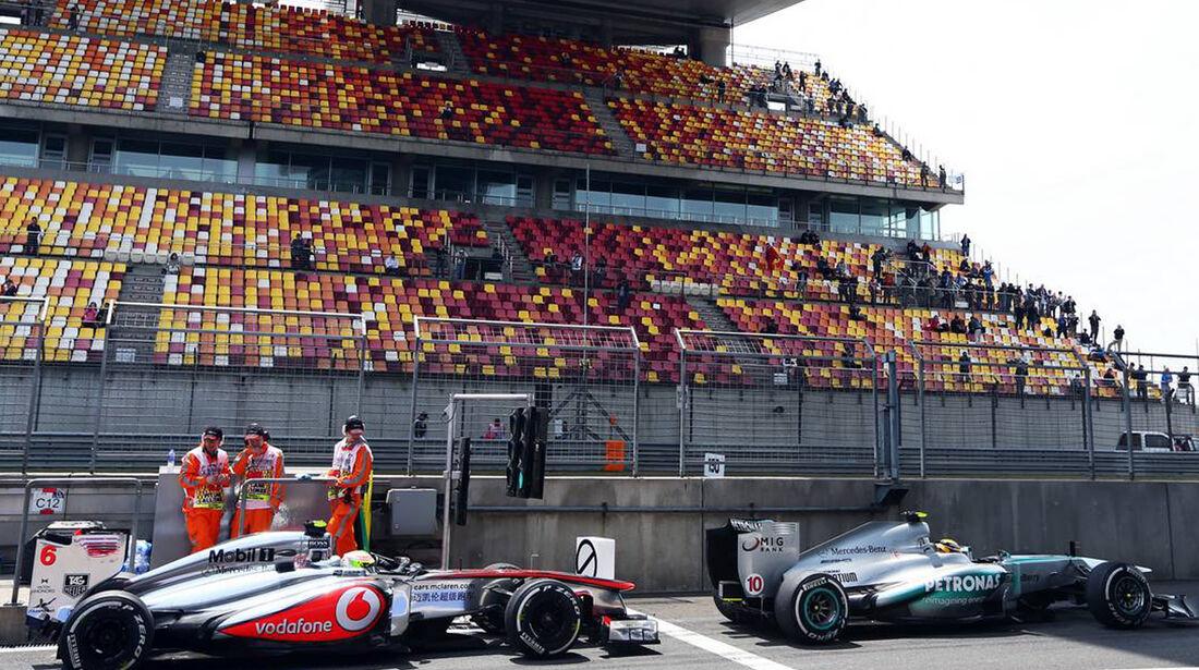 Sergio Perez - Lewis Hamilton - Formel 1 - GP China - 12. April 2013