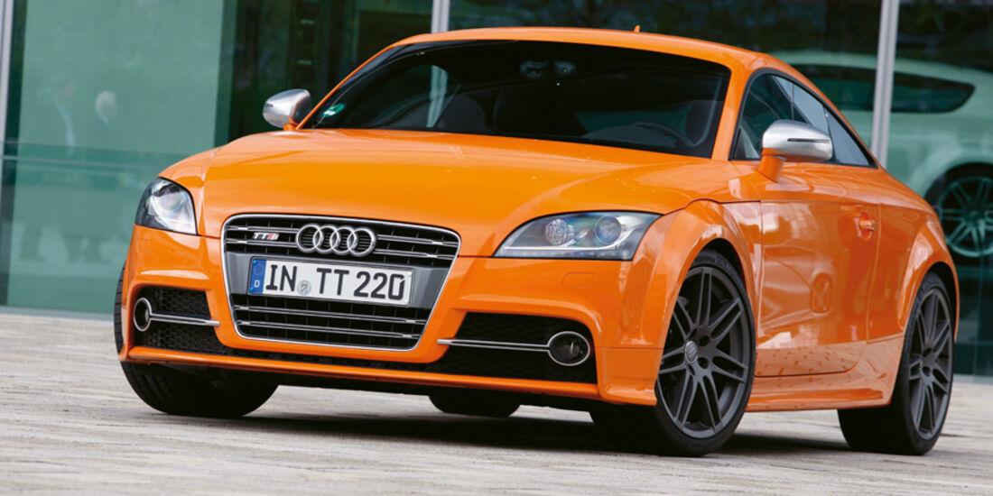 Serienfahrzeuge Coupés bis 80 000 € - BMW 1er M Coupé