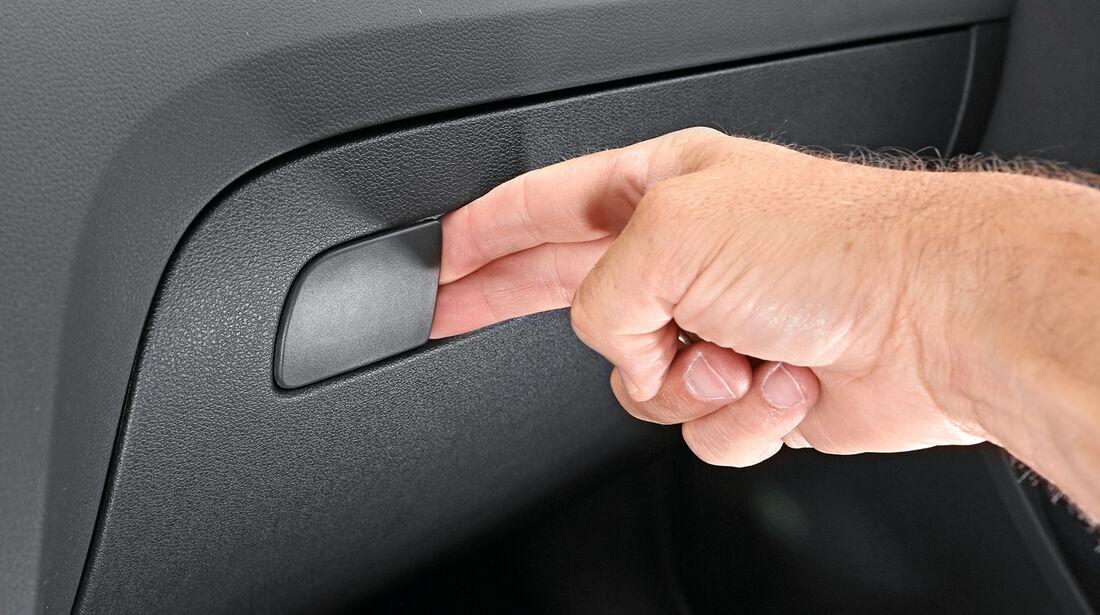Skoda Octavia Combi 2.0 TDI, Handschuhfach