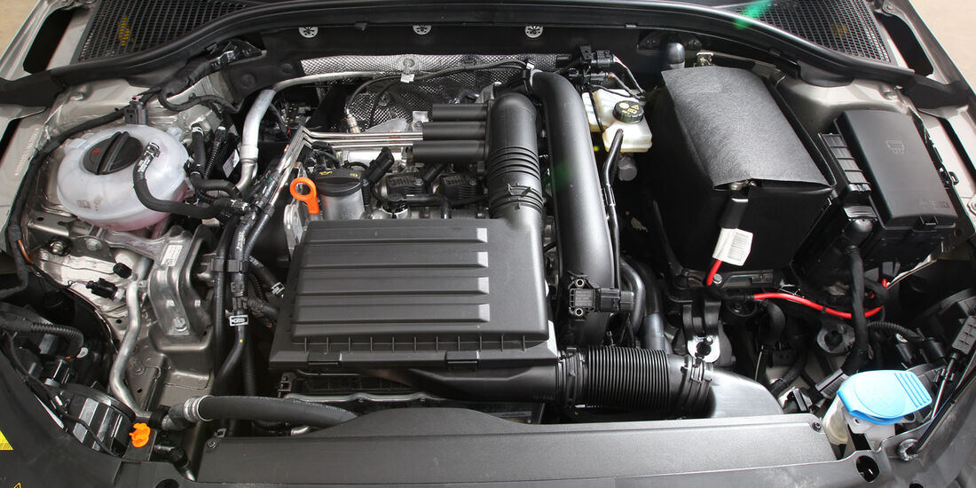 Skoda Octavia, Motor