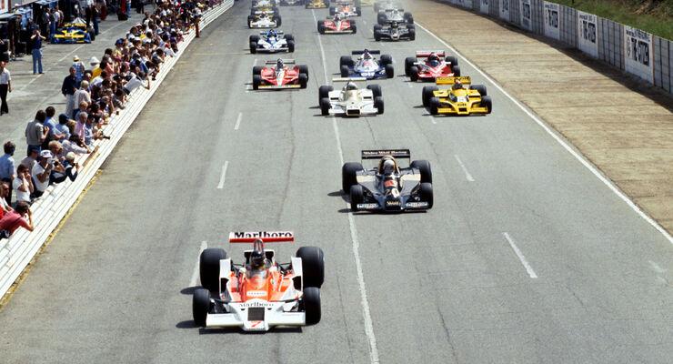 Start - James Hunt - McLaren M26 - GP Südafrika 1978 - Kyalami