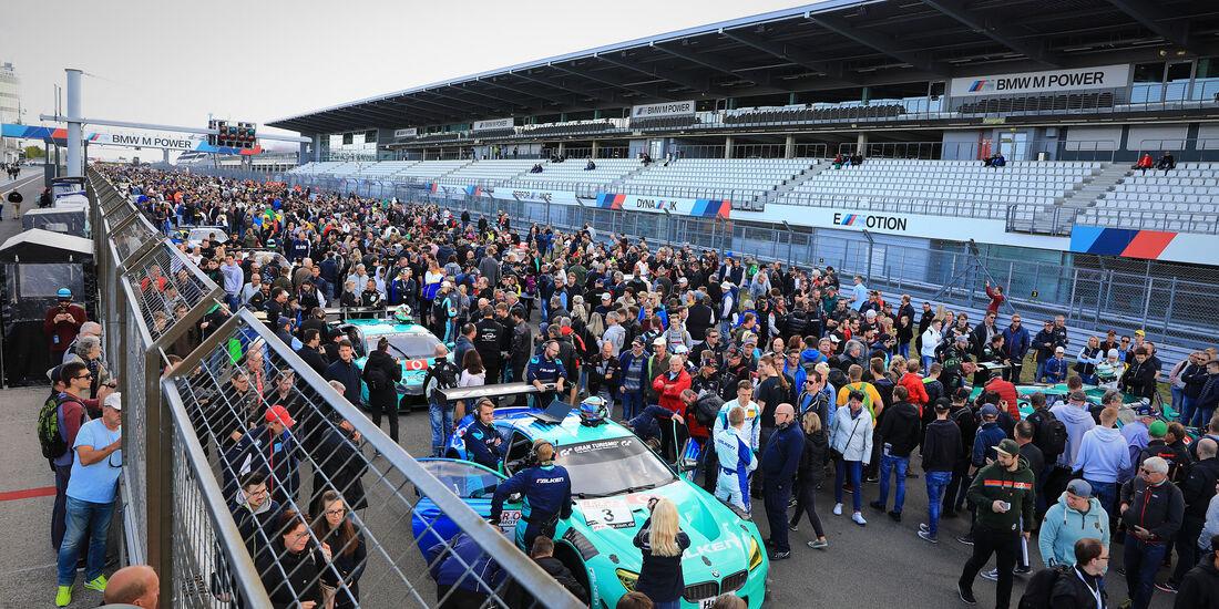 Startaufstellung - VLN 2018 - Langstreckenmeisterschaft - Nürburgring-Nordschleife