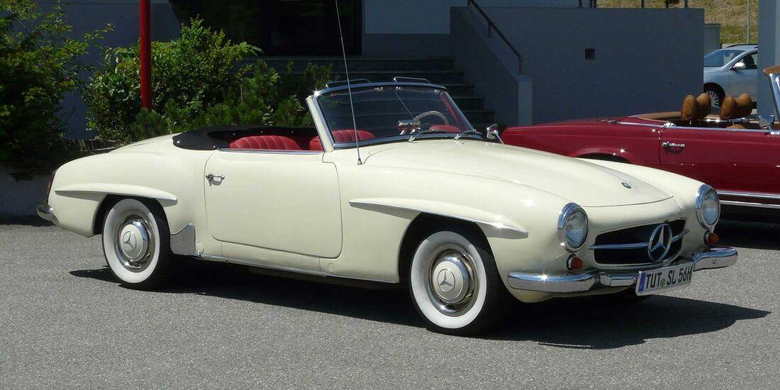 Startnummer 101: Heinrich und Sylvia Engesser im Mercedes-Benz 190 SL, 1,9 Liter, 4-Zyl. Reihe, 105 PS, Baujahr 1961.
