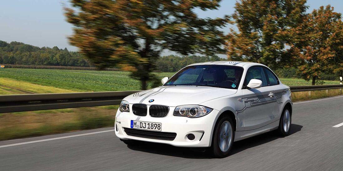Startnummer 204: Verena Stewens im BMW Active E, 125 kw, 150 km Reichweite, Team BMW.
