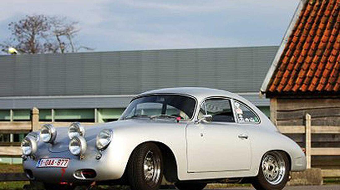 Startnummer 92: Bert und Frederik De Paep im Porsche 356 B, 1,6 Liter, 4-Zyl. Boxer, 90 PS, Baujahr 1961.