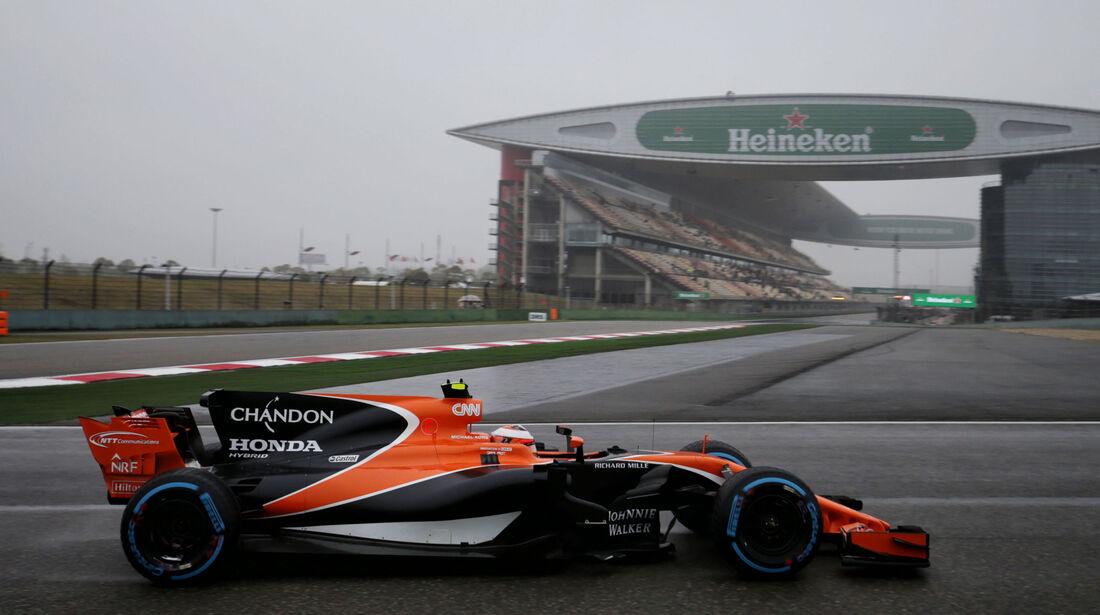Stoffel Vandoorne - McLaren-Honda - Formel 1 - GP China 2017 - Shanghai - 7.4.2017