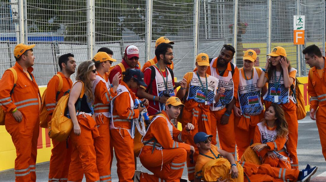 Streckenposten - Formel 1 - GP Aserbaidschan - Baku - 18. Juni 2016