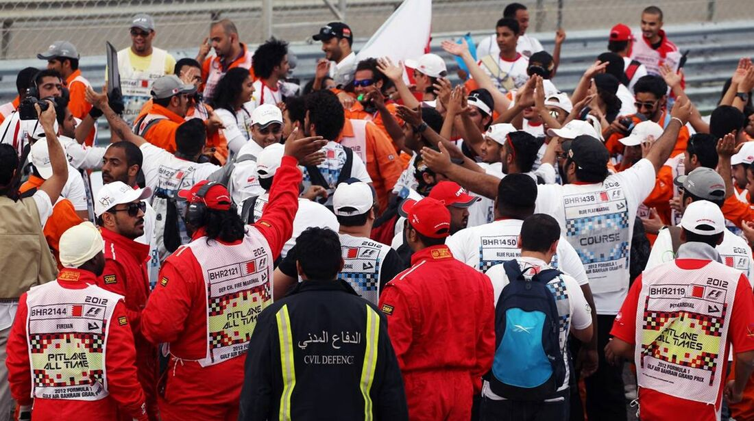 Streckenposten  - Formel 1 - GP Bahrain - 22. April 2012