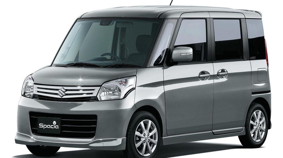 Suzuki Spacia Japan