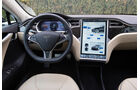 Tesla Model S, Cockpit, Lenkrad, Monitor
