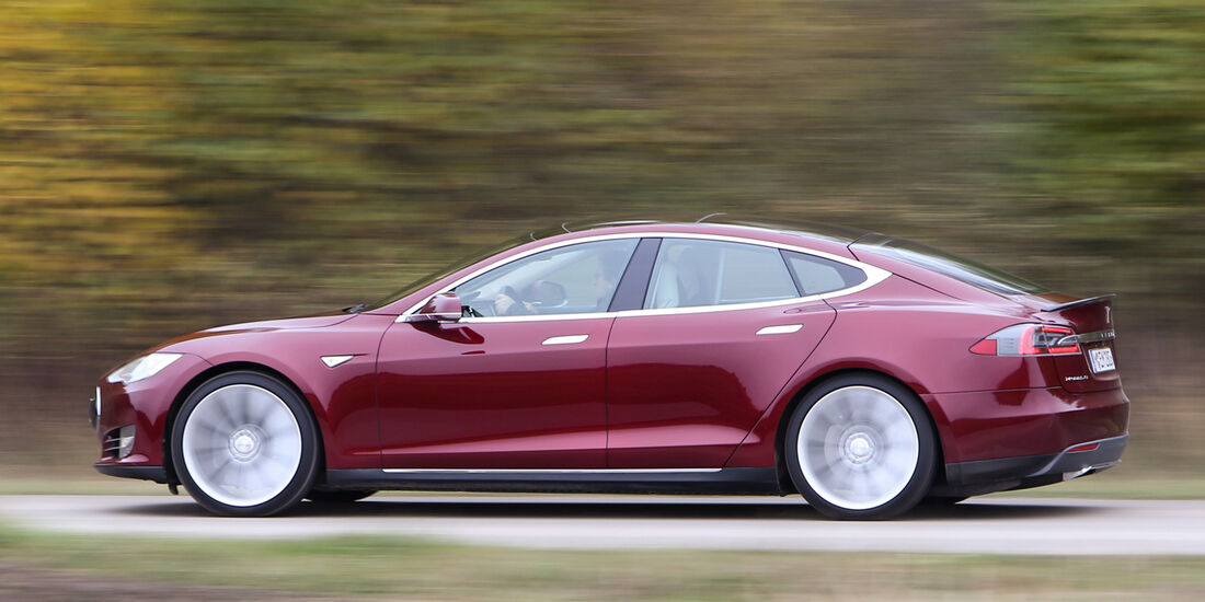 Tesla Model S, Seitenansicht