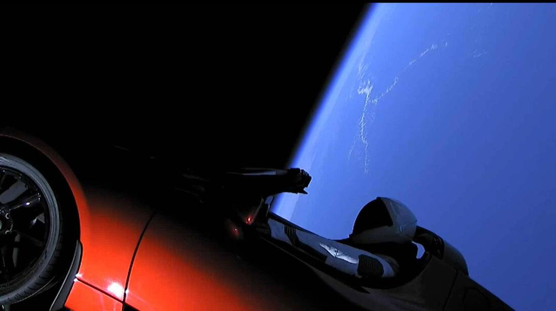 Tesla Roadster Space X Weltall Screenshot