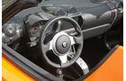 Tesla Roadster Sport, Cockpit