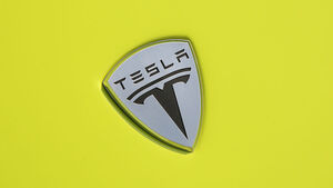 Tesla Roadster Sport