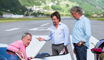 the grand tour interview mit clarkson hammond und may. Black Bedroom Furniture Sets. Home Design Ideas