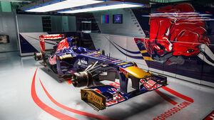Toro Rosso Box GP Malaysia 2013