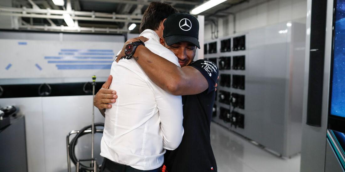 Toto Wolff - Lewis Hamilton - Mercedes