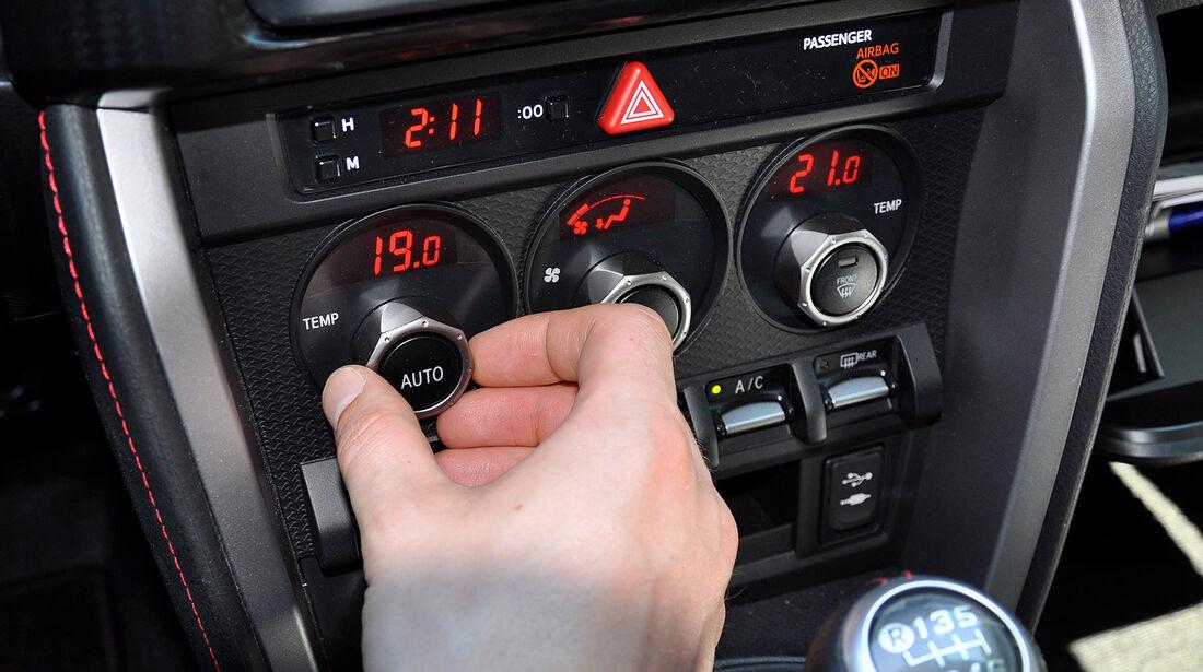 Toyota GT 86, Klimaanlage, Drehregler