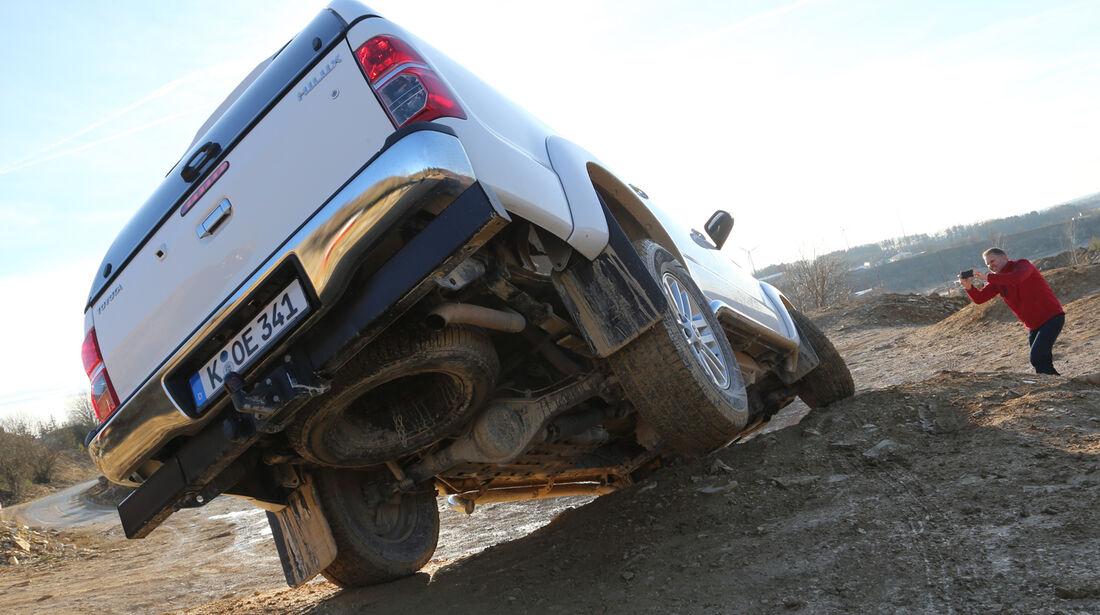 Toyota Hilux 3.0 D-4D, Heckansicht