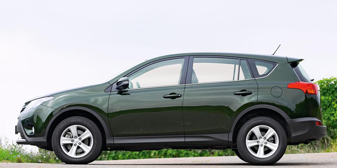 Toyota RAV 2.2 D-4D Life, Seitenansicht