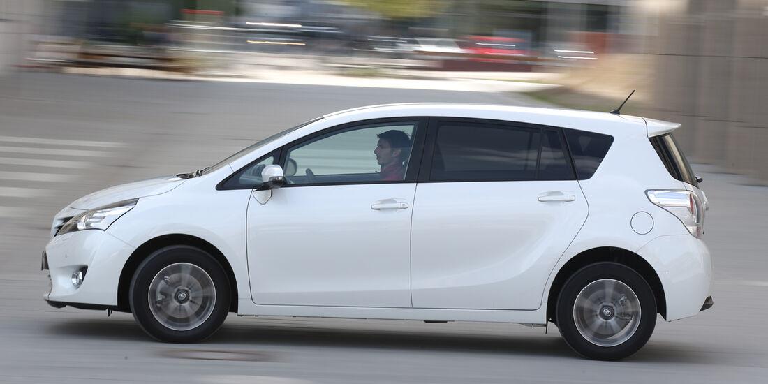Toyota Verso 1.6 D-4D Life, Seitenansicht