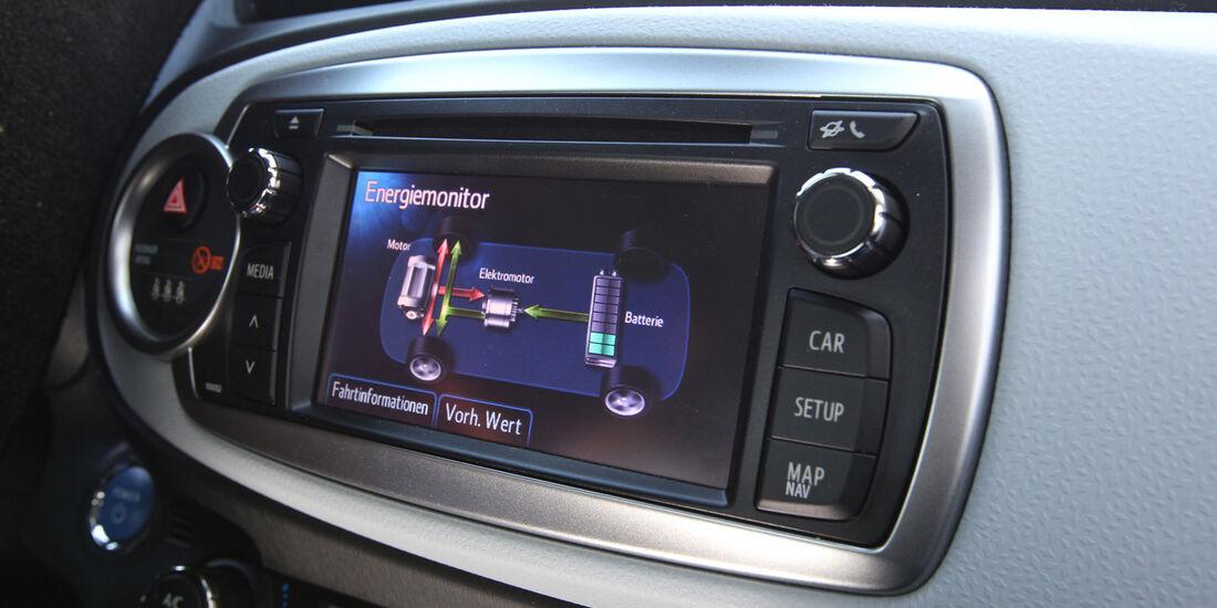Toyota Yaris 1.5 VVT-i Hybrid Life, Bordcomputer, Bildschirm