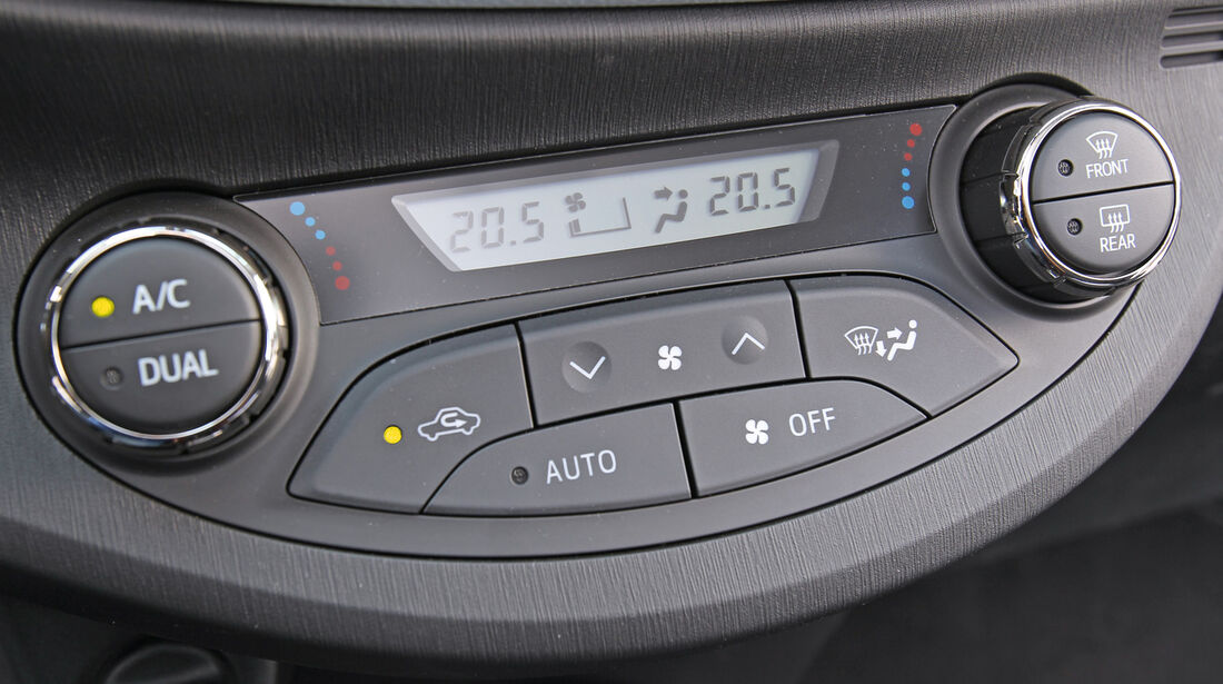 Toyota Yaris, Radio