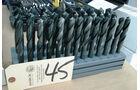 USF1 Auktion Schrauben