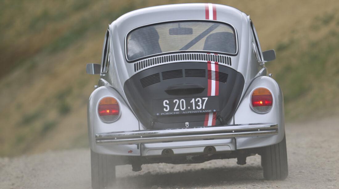 VW 1303 Rallye, Rückansicht, Gelände