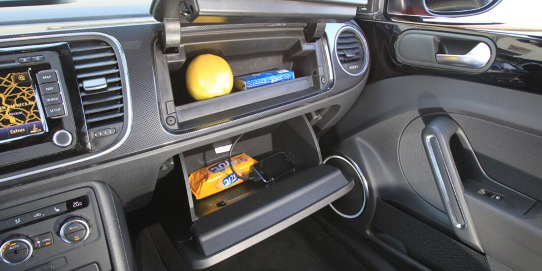 VW Beetle 2.0 TSI, Ablagemöglichkeiten