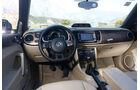 VW Beetle Cabrio 2.0 TDI, Cockpit, Lenkrad