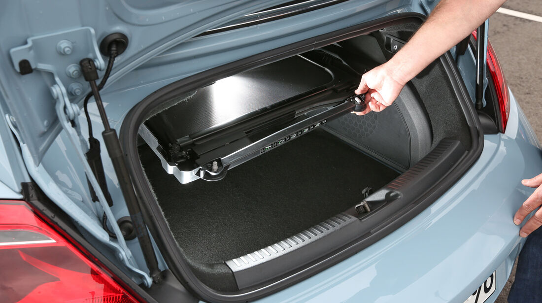 VW Beetle Cabriolet 1.4 TSI Sport, Kofferraum