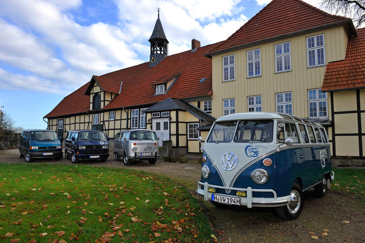 VW Bus, Generationen, T1-T4