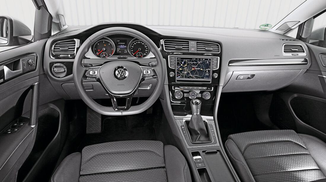 VW Golf 2.0 TDI, Cockpit