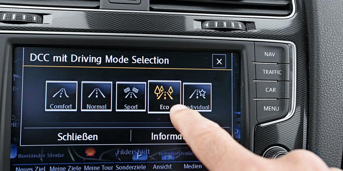 VW Golf GTD, Monitor, Bordcomputer