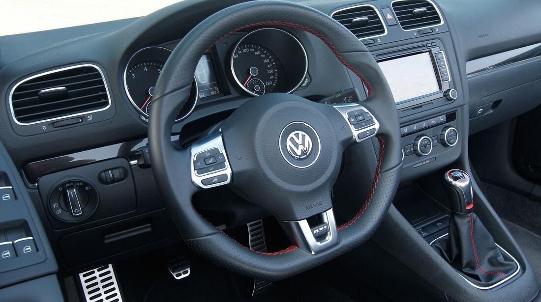 VW Golf GTI Cabrio, Cockpit