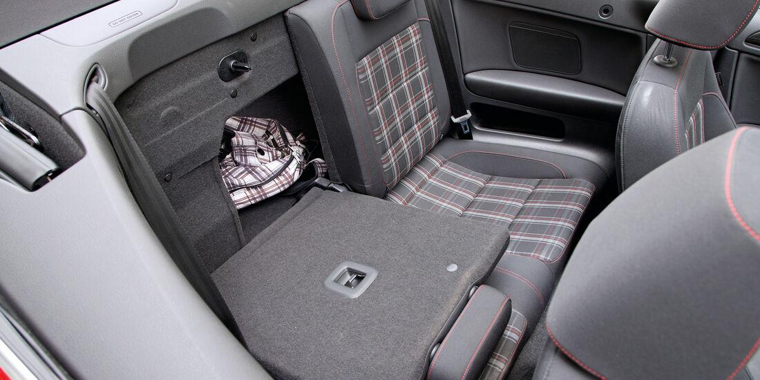 VW Golf GTI Cabrio, Rücksitz, umklappen