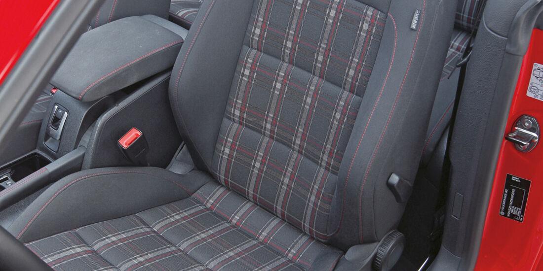 VW Golf GTI Cabrio, Sitze