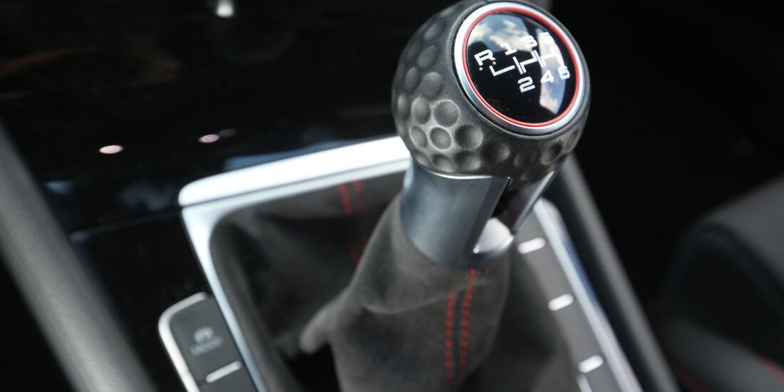 VW Golf GTI Clubsport, Schalthebel