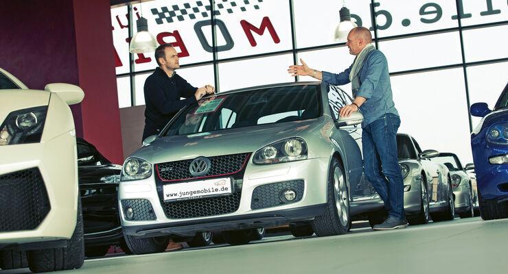 VW Golf GTI, Frontansicht, Händler