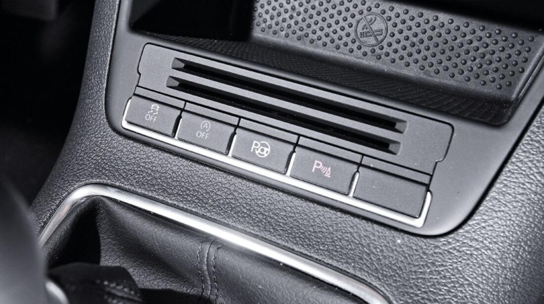 VW Golf Plus 1.6 TDI BMT, Mittelkonsole, Parksystem