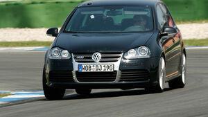 VW Golf V R32 02