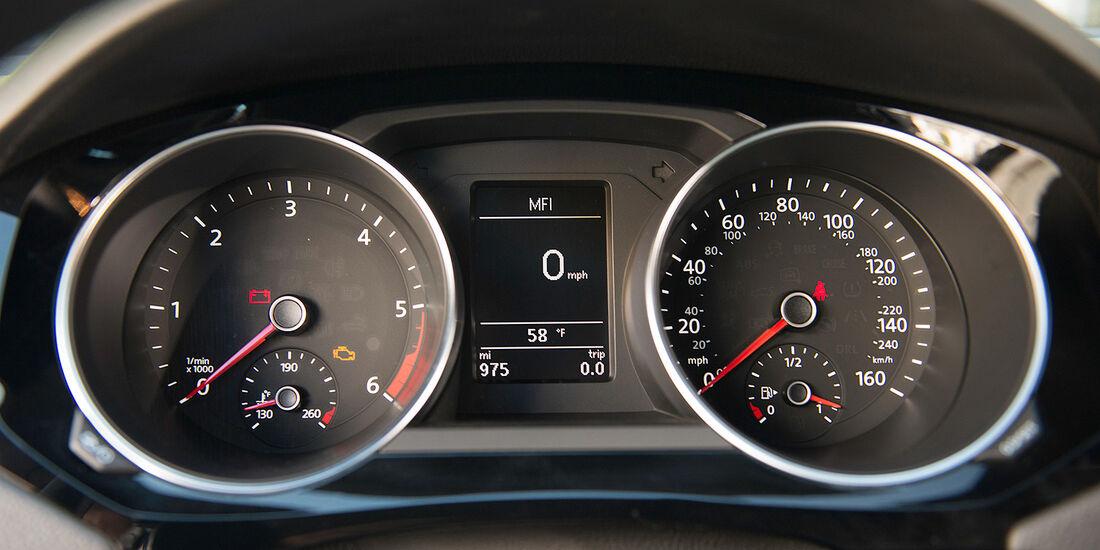 VW Jetta 2014, Innenraum, Cockpit